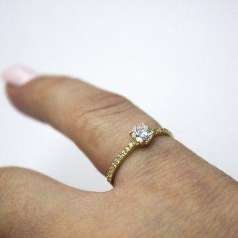 Anel Ouro Amarelo - Solitário&Meia Memória